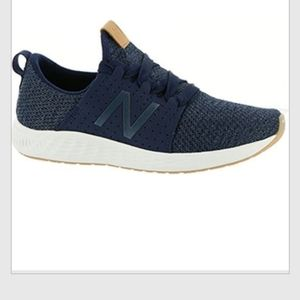 NEW BALANCE BLUE SNEAKERS